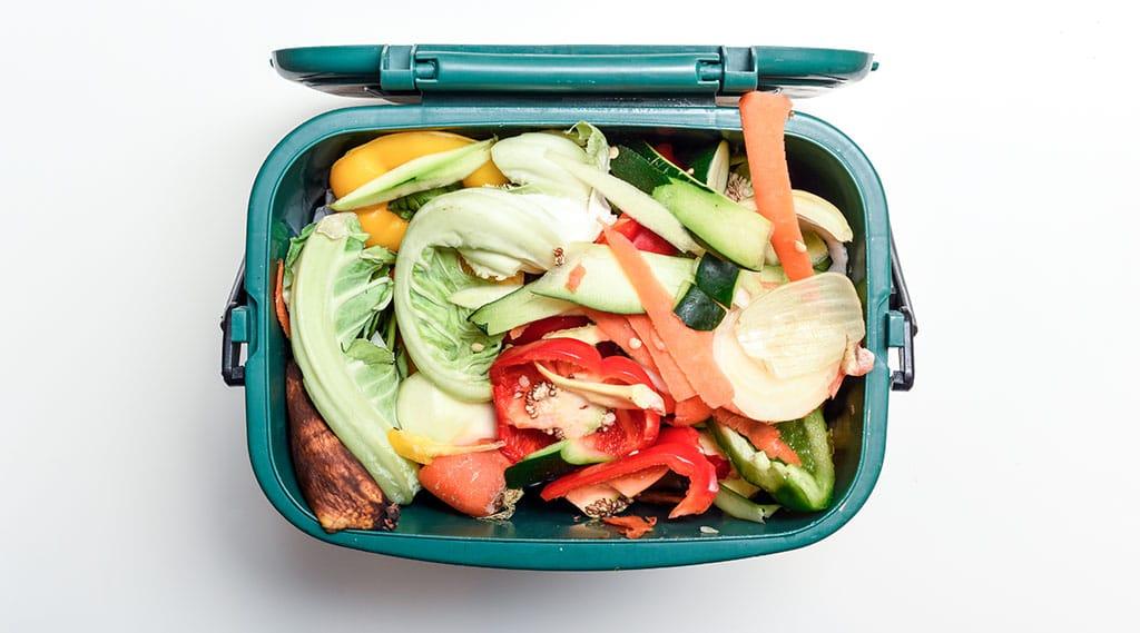 Full kitchen food waste bin